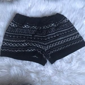 Pants - Cute and Cozy Sweater Knit Sweater Shorts size M